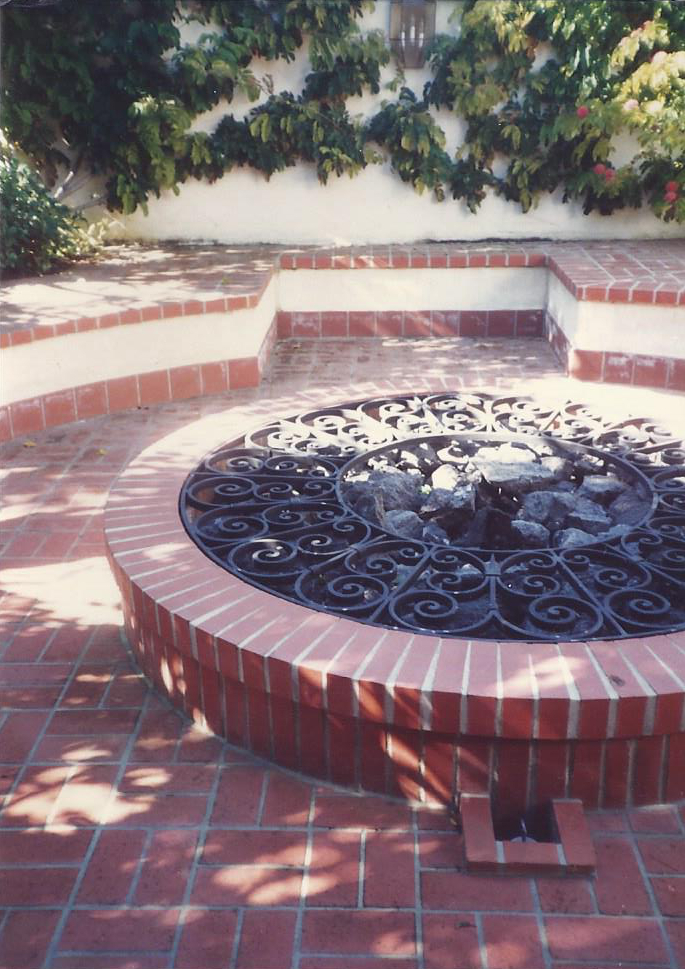 Brick Fire PIt and Patio