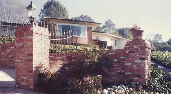 Brick-Entryway-2-cropped